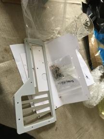 Laserhive baksida i brevlådan.